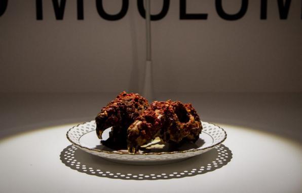 """瑞典开张""""最恶心""""食物博物馆 中国的兔头皮蛋入选 令人作呕"""