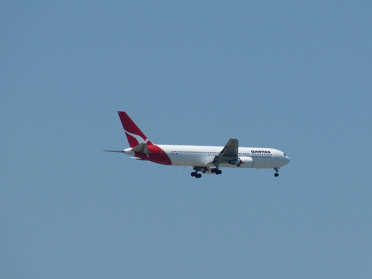 澳洲航空飞机.jpg