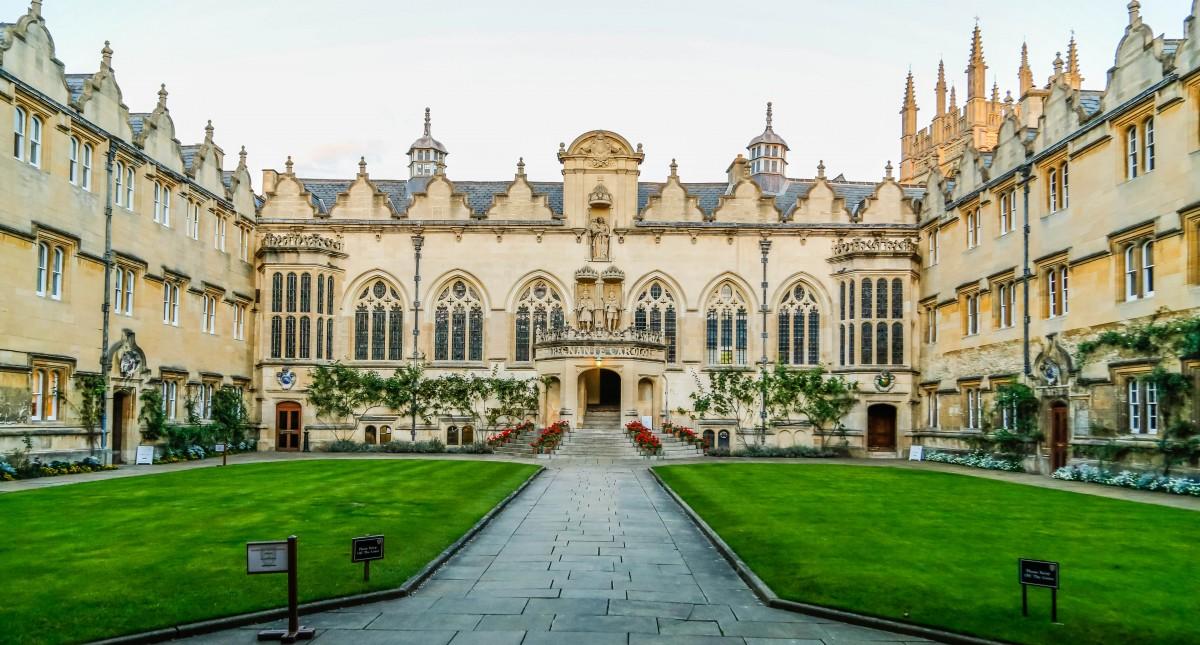 牛津大学.png