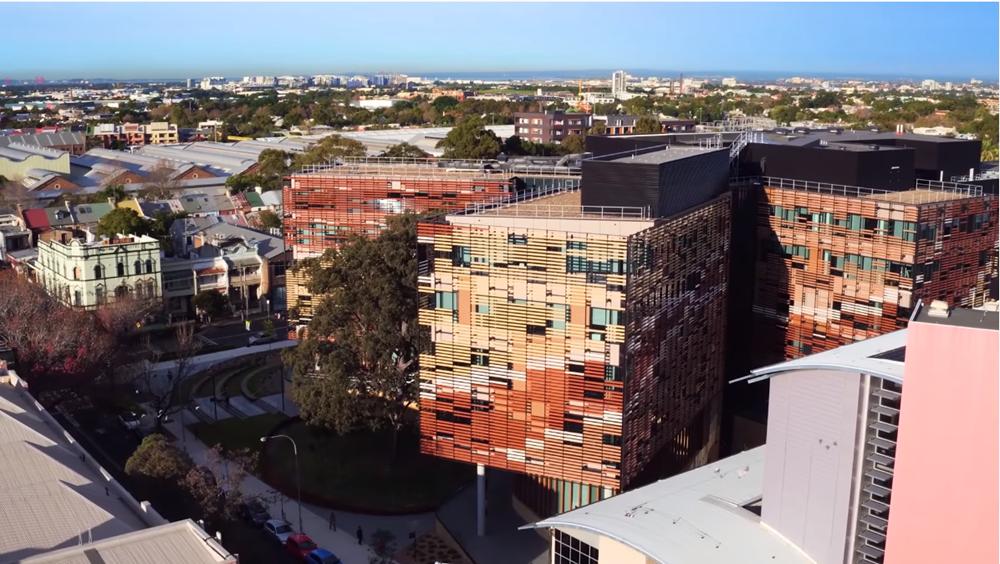 悉尼大学(官网视频截图2).png