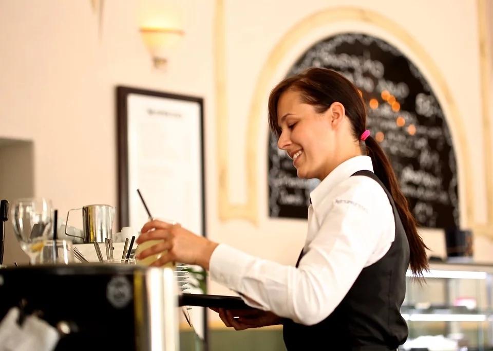 餐厅服务员.jpg