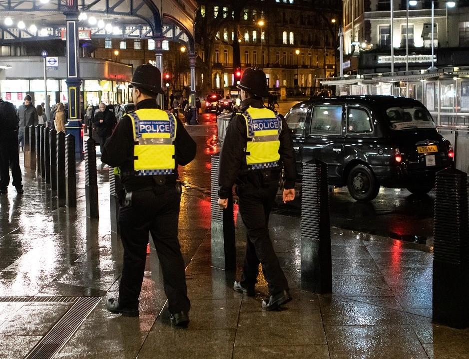 英国警察.jpg