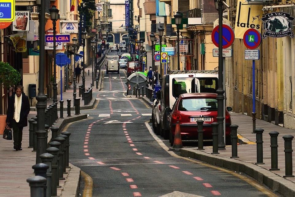 西班牙街道.jpg