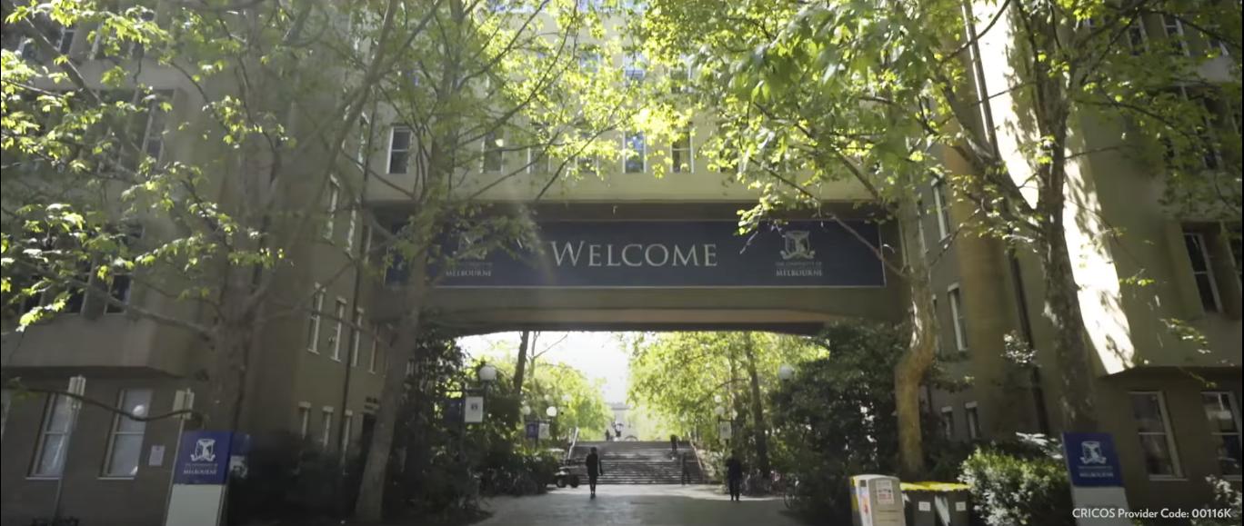 墨尔本大学(学校视频截图).png