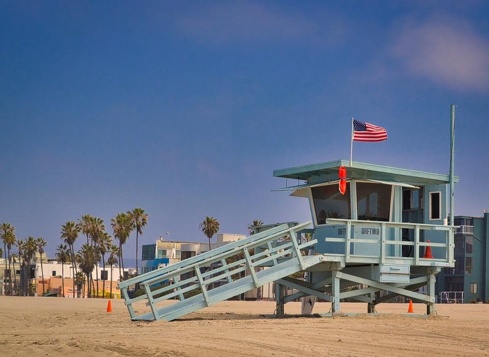 洛杉矶海滩.jpg