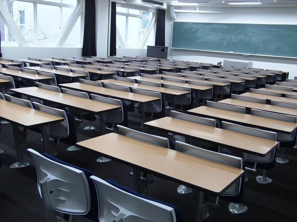 日本关西大学.jpg